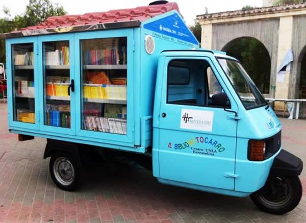 Bibliomotocarro, Italy